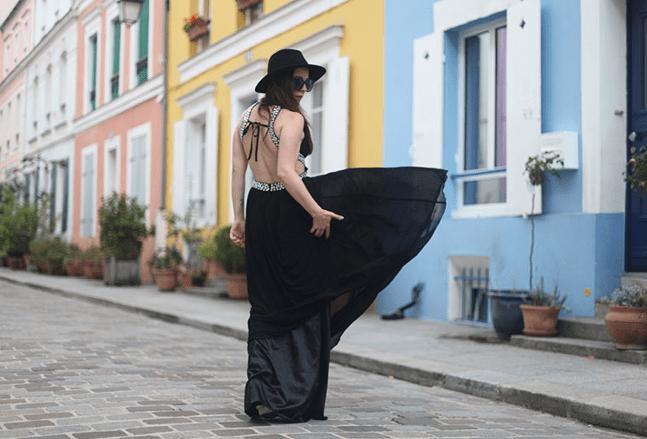 Les couleurs pour accompagner une jolie robe de soirée noire