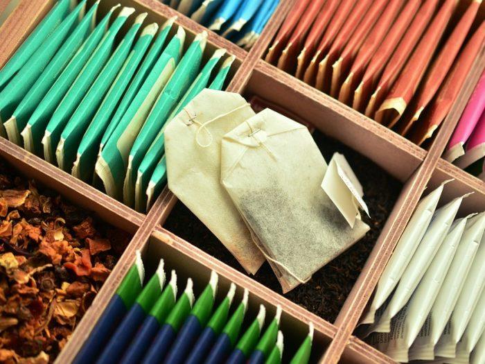 Boire du thé régulièrement : une bonne idée ?