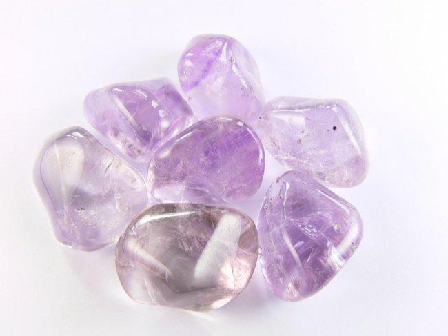 Pourquoi personnaliser un bijou avec une pierre de naissance ?