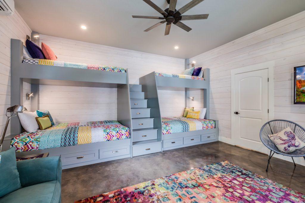 lit hauteur chambre d'enfants